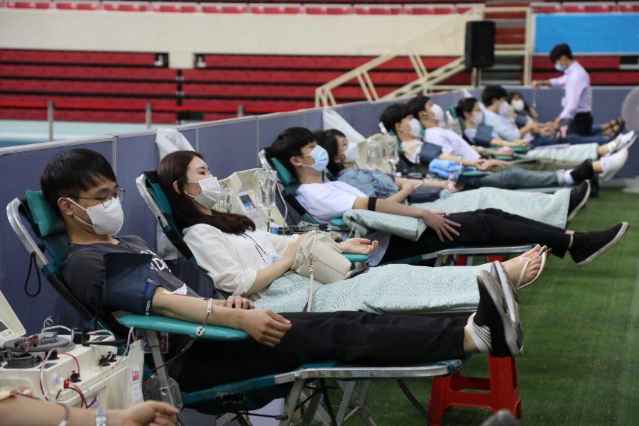 Shincheonji donates plasma for covid-19 research.